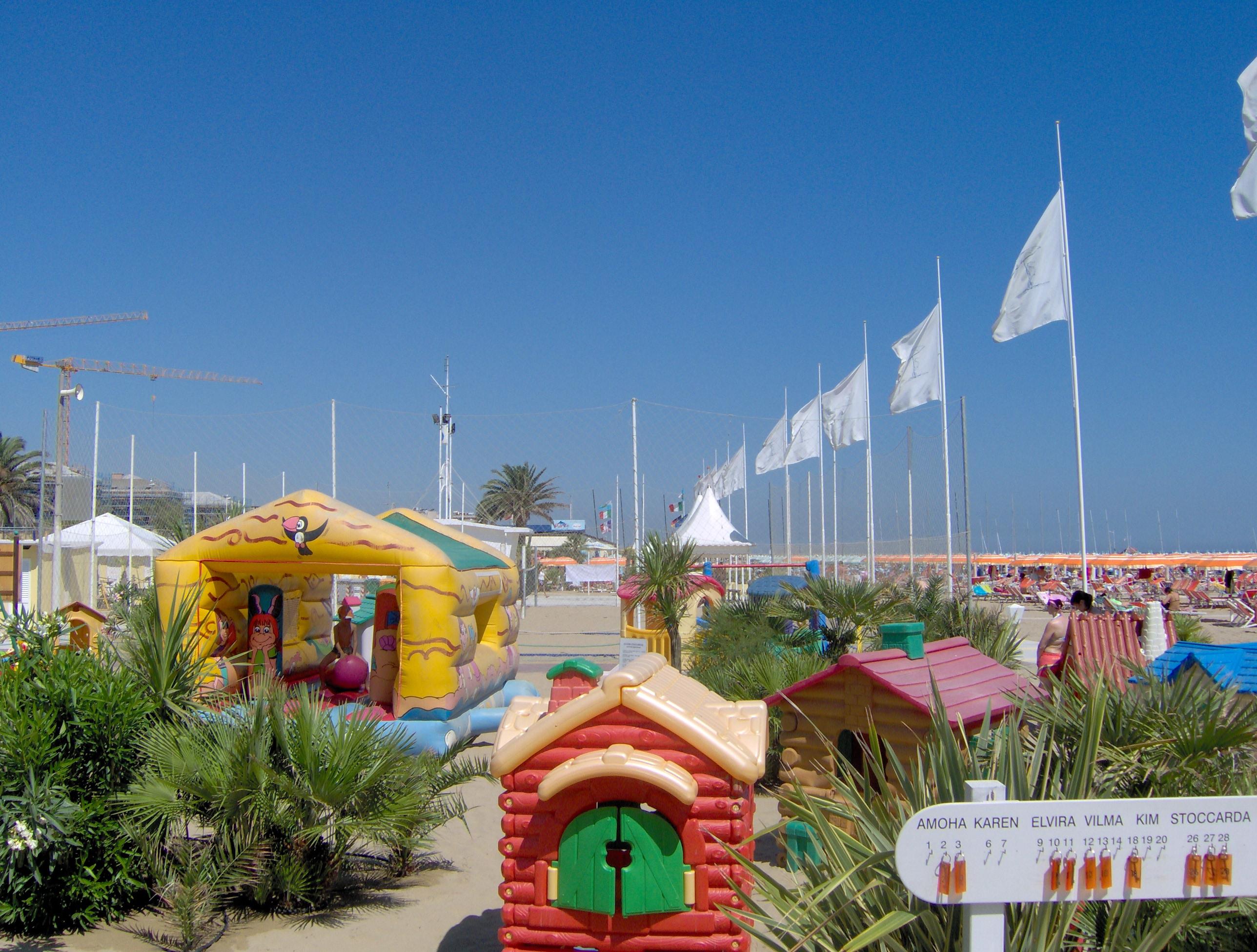 Servizi - Stabilimento balneare Acquamarina - Bagni 96 97 98 - Rimini